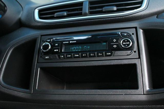 Gm - Chevrolet Onix LT 1.0 Flex 2018 - Foto 15