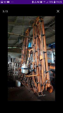 Vendo pulverizador jacto ano 2013 elétrico,27,000,00 mil - Foto 3