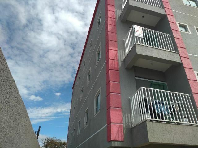 ///Apartamento pronto , 02 Quartos,  sacada, piso , vaga coberta.  Aceita veículo.