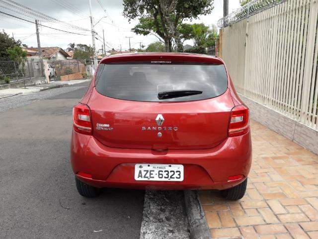 Renault Sandero Authentique 2014
