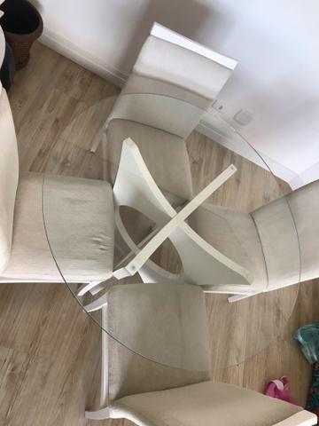 Mesa redonda com 4 cadeiras - Foto 2