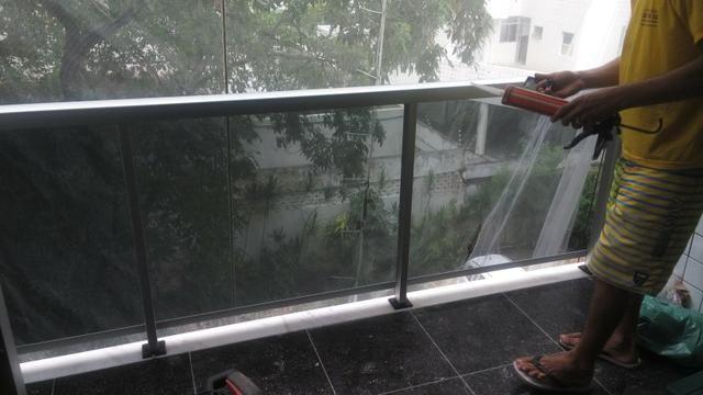 Box, porta e janelas em vidro 10× - Foto 5