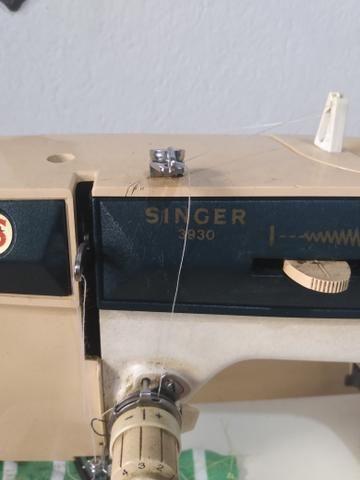 Máquina de Costura Singer 3930 Facilita Master - Foto 2