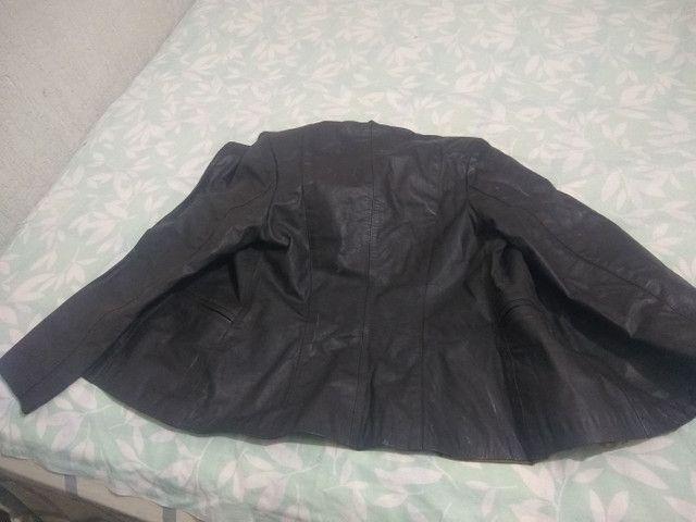 Vendo jaqueta de couro - Foto 3
