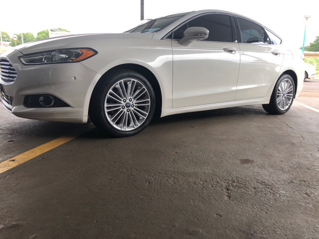 Fusion Titanium AWD branco pérola 2014