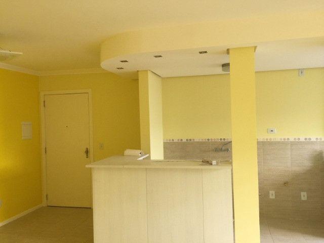 Apartamento 2d com garagem no Guarujá - Foto 4