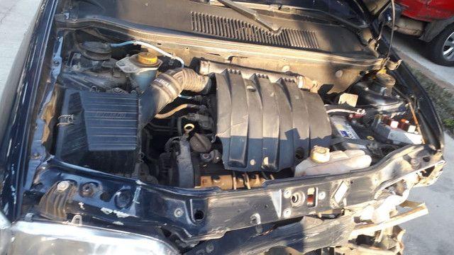 Fiat Siena 2005 1.0 16v vendido em peças - Foto 4