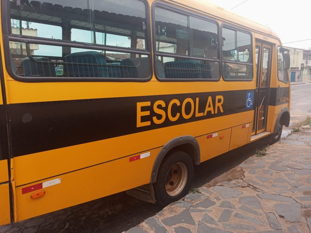 Micro ônibus Iveco cityclass 70c17 euro 5 2013 - Foto 3
