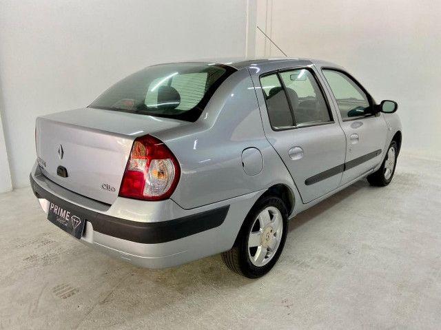 Renault Clio Sedan 1.6 Privilege 2005/2006 - Foto 4