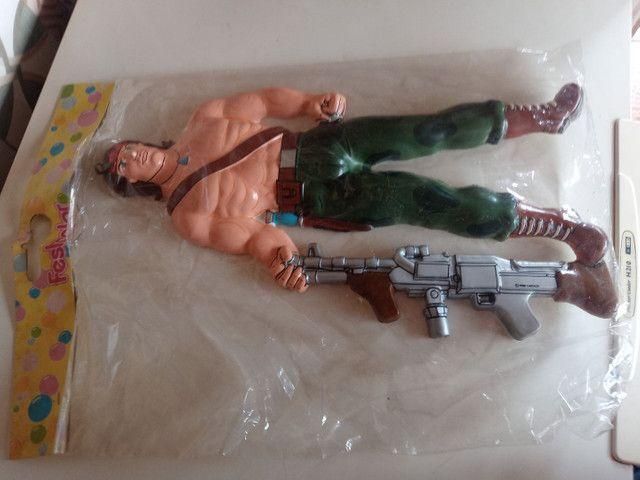 Boneco Rambo gigante 53 cm - Foto 2