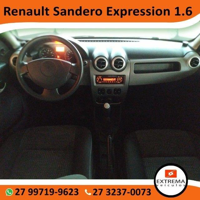 Renault Sandero Expression 1.6 - Foto 8