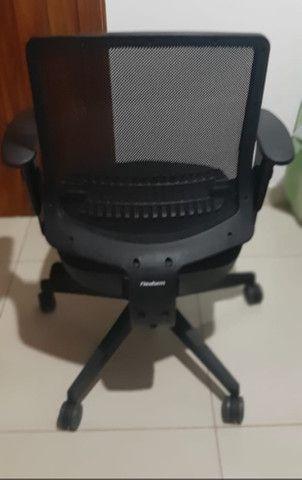 Cadeira de escritório Uni All Black - Foto 2