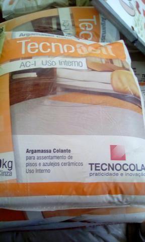 30 sacos de argamassa tecnocola