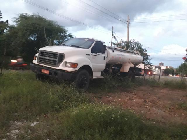 Vendo caminhões no pipa ou no chassis - Foto 9