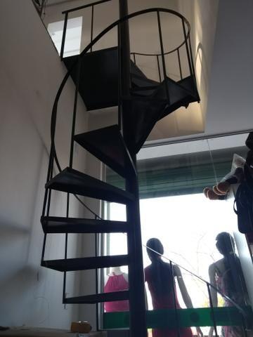Escada caracol - Foto 3