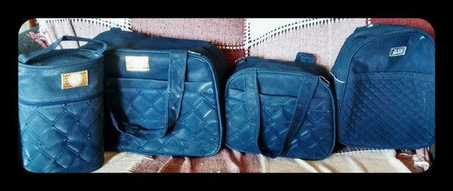 Bolsas semi novas azul marinho