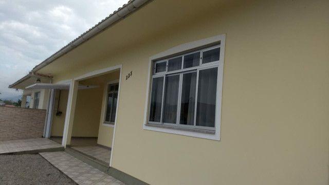 Casa a venda no centro de Antonio Carlos