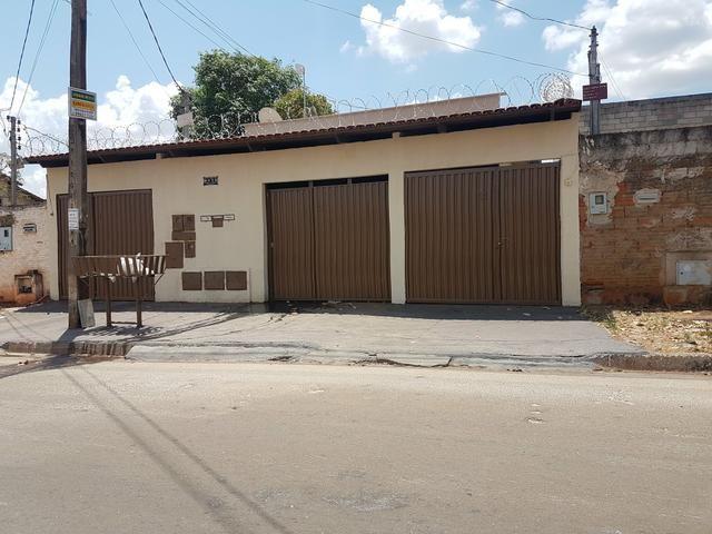Casa/3 casas no lote alugadas por 1700,00 ST° BARRAVENTO