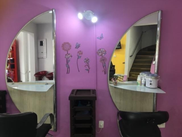 Precisa-se de cabeleireiro (a) com experiência - Foto 2