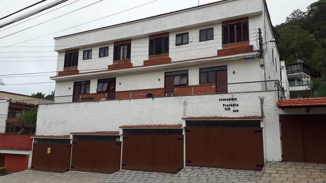 Casa em Condomínio Prelúdio emTaumaturgo