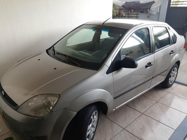Fiesta sedan 2006 - Foto 4
