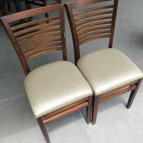 Cadeiras da marca Franco Bachot