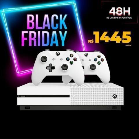 Xbox one S Com 2 Controles + Brinde, em até 12x de 133,00