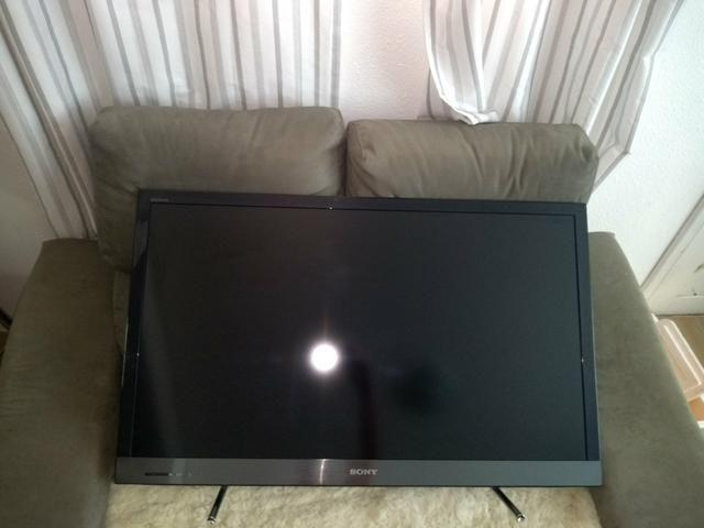 Vendo TV Sony 40 polegadas para retirar peças