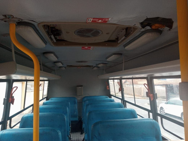Micro ônibus Iveco cityclass 70c17 euro 5 2013 - Foto 5