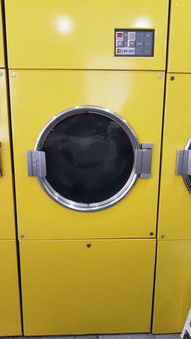 Secadora de roupas profissional a gás