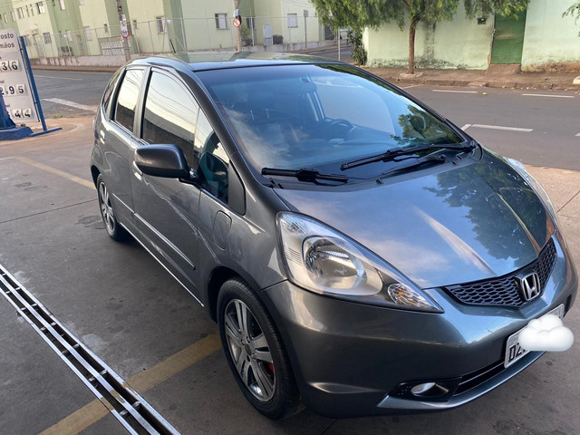 Honda Fit ex ano 2010, faço financiamento - Foto 3