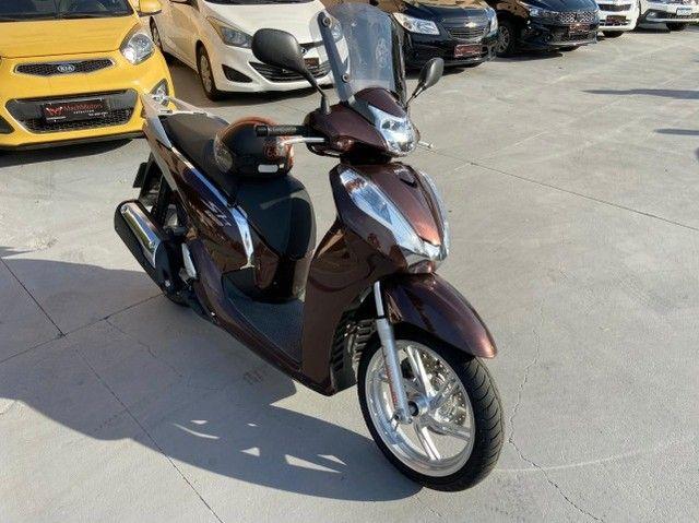 Honda SHI 300 Estado de Zero Pouco Rodada