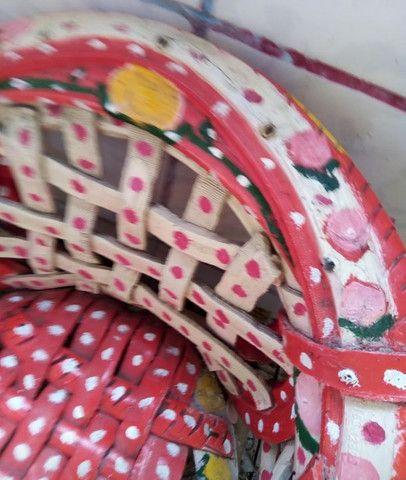 Cadeira infantil em pneu - Foto 2