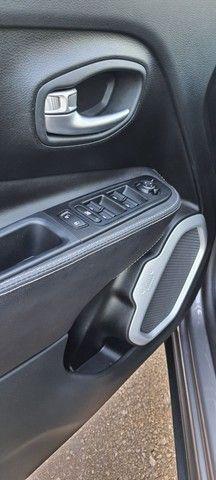 Jeep Renegade Sport , 10.600km , automática - Foto 19