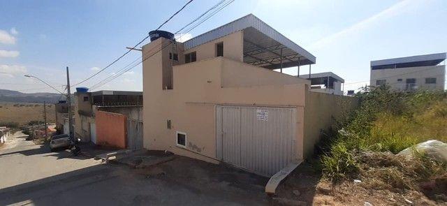 Casa com terraço no bairro Boa Vista de Minas em Nova Serrana. - Foto 2