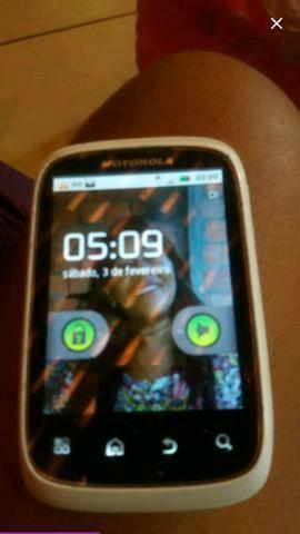 Vendo Motorola xt 300