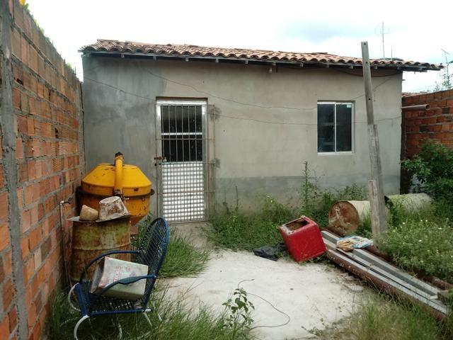 Casa proximo ao clube da Adelba