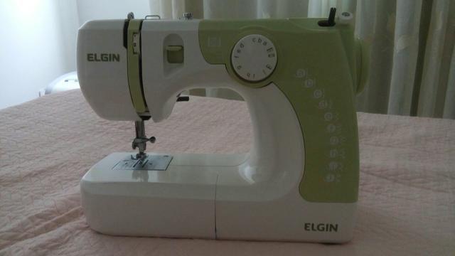 Maquina de Costura novíssima