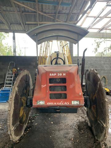 Trator pulverizador Braselio - Foto 2