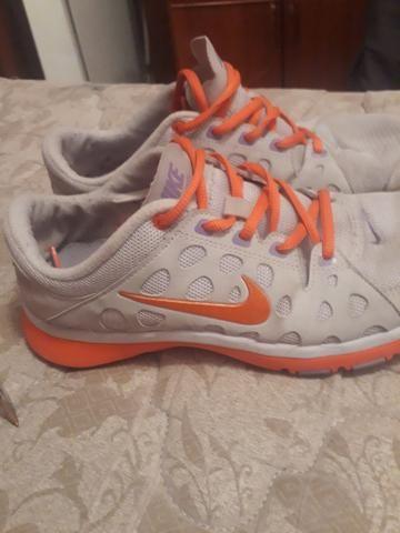 fa7fbffca8 Tênis Nike número 37 - Roupas e calçados - Rio Vermelho