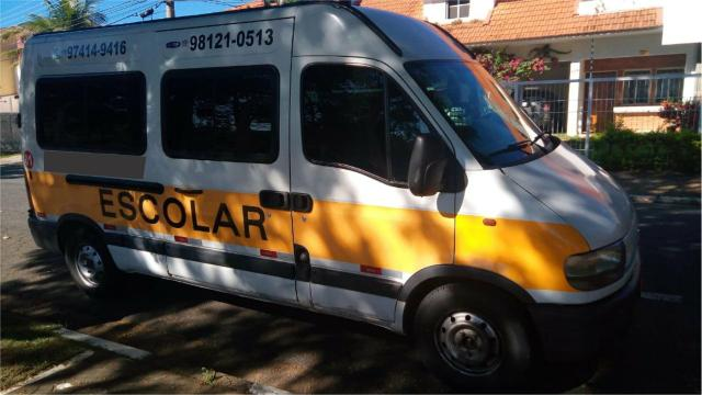 Vendo Van com linha escolar em Valinhos - Foto 3