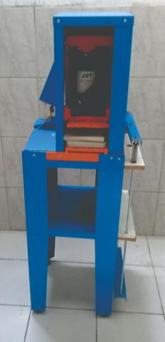 Maquina de Cortar Sandália