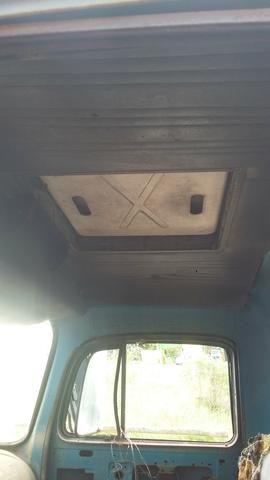 Cabine caminhão Mercedes Benz 1113 1313 - Foto 5