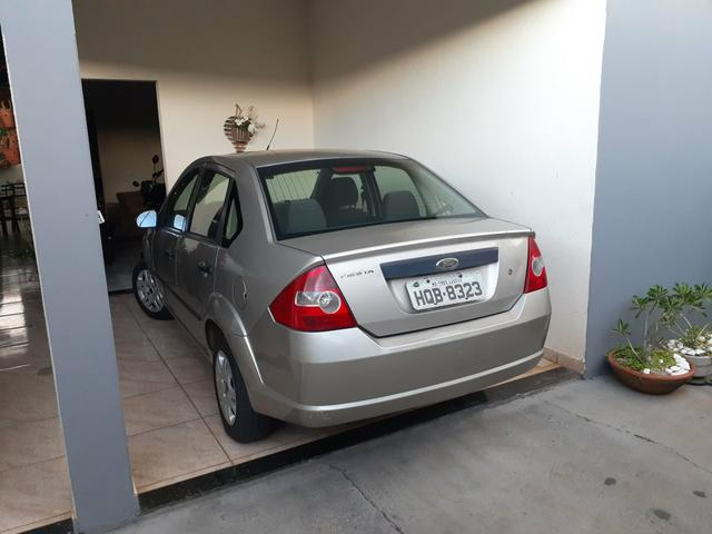 Fiesta sedan 2006 - Foto 3