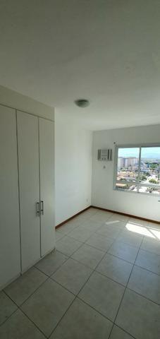 Aluga-se apartamento a poucos metros da praia - Foto 4