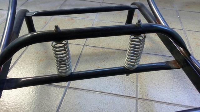 Cadeira de balanço semi nova. 3 meses de uso - Foto 3