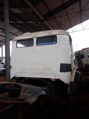 Cabine caminhão Mercedes Benz 1113 1313 - Foto 9