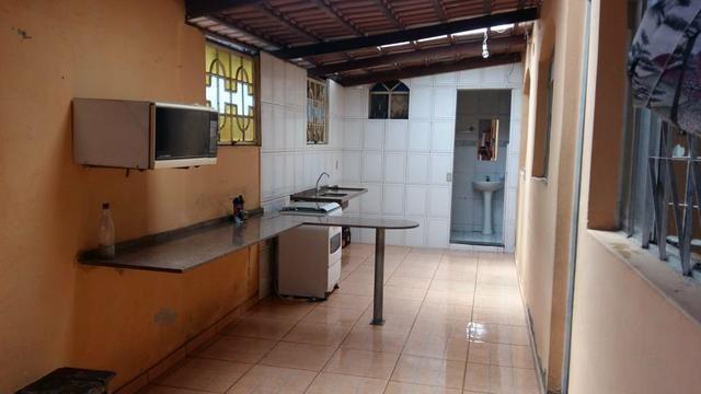 Alugo um barracão com 3 quartos - Foto 4