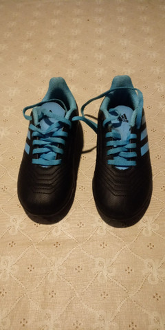 Chuteira Adidas n29