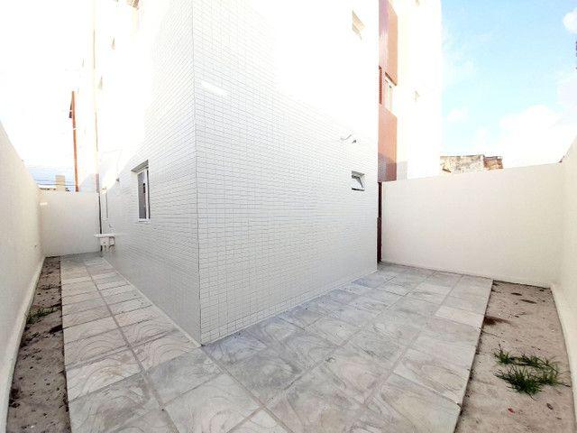 Apartamento no Cristo, 52m2 + quintal, 2 quartos  - Foto 3